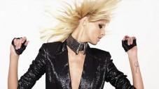 Karl Lagerfeld uvádí dostupnější módní kolekci KARL