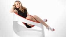 Futuristické křeslo Bounce připomíná trampolínu