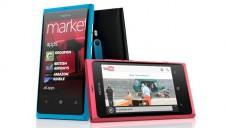 Nokia Lumia 800 je dotyková a s Windows