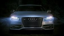 Audi svítí denním světlem a má na to upíří reklamu