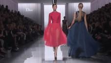 Bill Gaytten představil podzimní kolekci značky Dior