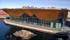 Prolétněte se nad norským vlnitým divadlem Kilden