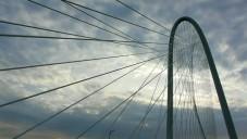 Calatravův most Margaret Hunt Hill zaujme konstrukcí