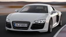 Nové Audi R8 a R8 Spyder se předvádí na okruhu
