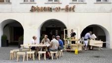 Mobilní dřevěné pohostinství zamířilo do Feldkirchu