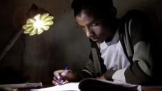 Olafur Eliasson navrhl solární světlo s tvarem slunce