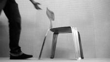 Pressed Chair je kovová židle vyrobená lisováním