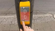 Němci navrhli hru Streetpong pro čekání na přechodu