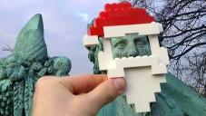 Lego vyhlásilo vtipnou vánoční soutěž Happy Holiplay