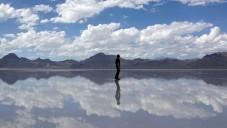Podívejte se jak Motoi Yamamoto tvoří solné obrazce
