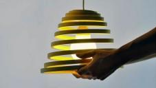 Espirale jsou stínítka světel vyřezaná z MDF desek