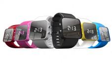Různobarevné hodinky pomáhají vždy na jinou charitu