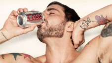 Marc Jacobs si zahrál v reklamě na Coca-Cola Light