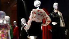 Nahlédněte do výstavy Yves Saint Laurent v Bruselu