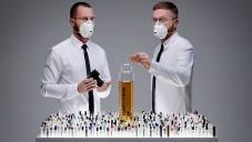 Lernert & Sander vytvořili parfém Everything ze 1400 vzorků
