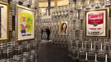 Lisabon uspořádal výstavu Warholových ikon v plechovkách