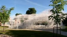 Sou Fujimoto otevřel oblačný pavilon Serpentine Gallery