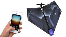 PowerUp umí mobilem dálkově ovládat papírové letadlo