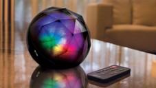 Acase má barvami zářící reproduktor Black Diamond