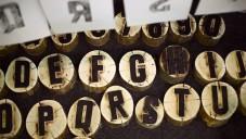 Britové vytvořili písmo Castan vyřezáním do dřeva