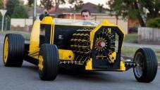 Mladík postavil funkční auto z půl milionu kostek Lega