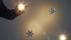Crypsis je bezdrátové a LED svítidlo bez baterií