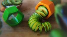 Cucumbo vytváří ze okurek i cuket efektní spirály