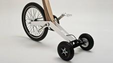 Halfbike kombinuje jízdu na kole s běháním