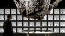 Mathieu Lehanneur vybavil stánek Audemars Piguet skálami
