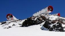 Na hoře Elbrus stojí hotel LeapRus ve výšce 4000 metrů