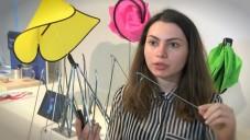 Britští studenti vynalezli nezvykle skládací mop i deštník
