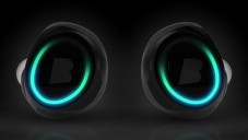 Dash jsou bezdrátová sportovní sluchátka s přehrávačem