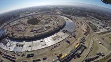 Létající dron ze vzduchu natočil výstavbu nového sídla Apple