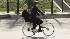 Hermès ukazuje nová jízdní kola s pomocí akrobatů