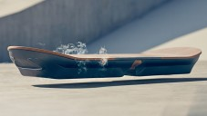 Lexus Slide je funkční hoverboard s tvarem skateboardu
