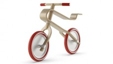 Brum Brum Bikes navrhují dřevěná odrážedla pro děti