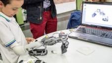 IKO je kreativní systém pro děti na vytváření protéz z Lega