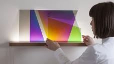 101.86° je svítidlo měnící barvu otáčením čirých desek