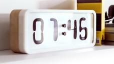 Rhei jsou elektro-mechanické hodiny s tekutým displejem