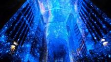 Kaple v Cambridge zažila interiérovou projekci vesmíru
