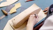 Foster & Son ukazují celý proces výroby bot na míru