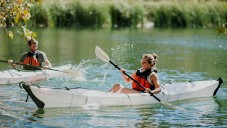 Oru Kayak je lehký kajak složený i rozložený do 5 minut