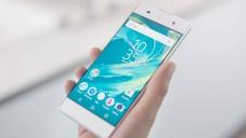 Sony představilo nový mobil Xperia XA bez rámečku