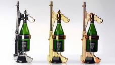 Champagne Gun je puška k nalévání i rozprašování šampaňského