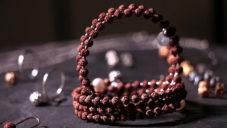 Česká značka MOOYYY tvoří šperky inspirované jógou