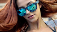 Zungle jsou brýle se sluchátky integrovanými v nožičkách