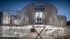 Casa Tobogan působí jako výzkumná stanice ve vesmíru