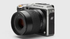 Hasselblad představil luxusní fotoaparát X1D bez zrcadla