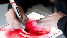 Scribble je pero kreslící barvou nasnímanou z čehokoliv