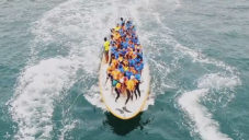The Biggest Board je největší surfové prkno na světě